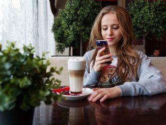 Der ideale Handyvertrag für Schüler unter 18