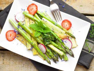 5 Tipps für die Low-Carb-Mittagspause im Büro