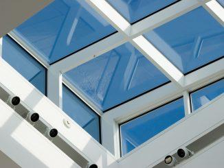 Spindelantrieb an Dachfenstern