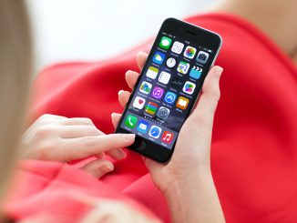 iPhone 6 in der Hand