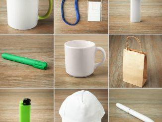 Verschiedene Werbeartikel wie Tassen, Stifte, Feuerzeuge und Taschen