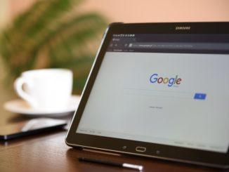 Die Google-Suchmaschine auf einem Tablet